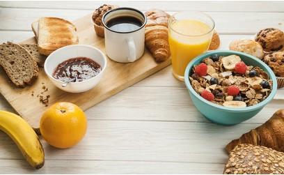 Tipy na zdravé raňajky, alebo čo jedia celebrity ráno?